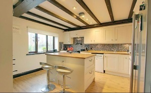 stroat-ashwell-grange-05-kitchen