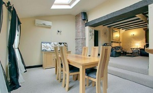 stroat-ashwell-grange-11-dining