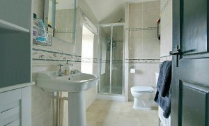 stroat-ashwell-grange-14-bathroom-en-suite