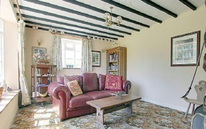stroat-farm-cottage-sitting-room-02